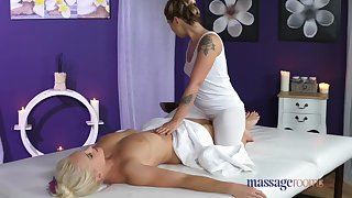 Massage Rooms Sexy lesbians lick and fuck
