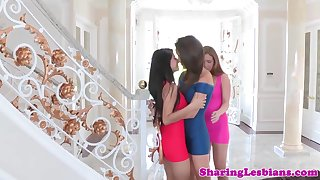 glamourous lezbo threeway with stunning cuties
