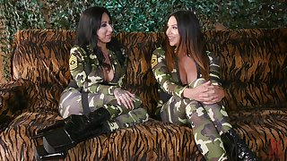 Cogency girls Lily Lane added to Missy Martinez soreness each other nigh toys