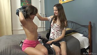 Horny Lizi Vogue uses a dildo to please her inviting girlfriend
