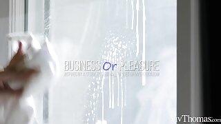Affaire d'amour Or Pleasure - Hayli Sanders & Jia Lissa - VivThomas